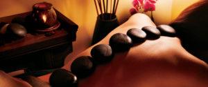 massaggio-ayurvedico-pietre-4