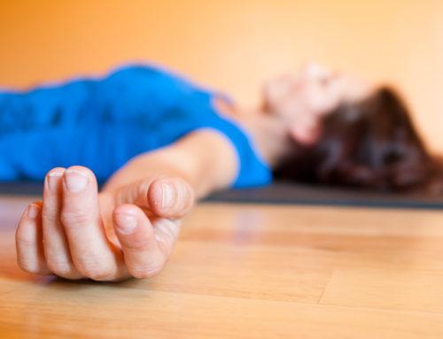 L'arte del rilassamento. Imparare Shavasana.