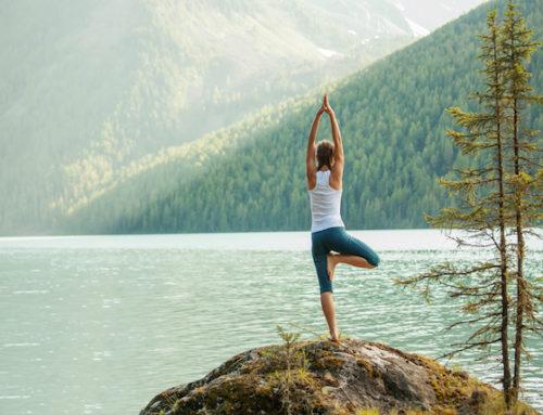 Come ringiovanire il corpo. Tecniche di longevità: Yoga & Ayurveda.